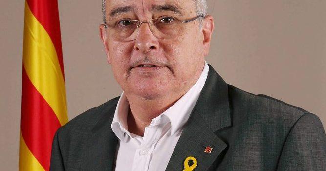 Denuncia presentada a la Fiscalía del Tribunal Superior de Justícia de Catalunya contra el Conseller d'Ensenyament, Josep Bargalló i Valls.